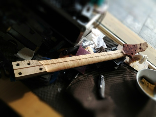 workbench guitar building